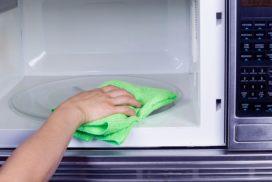 как быстро почистить микроволновку в домашних