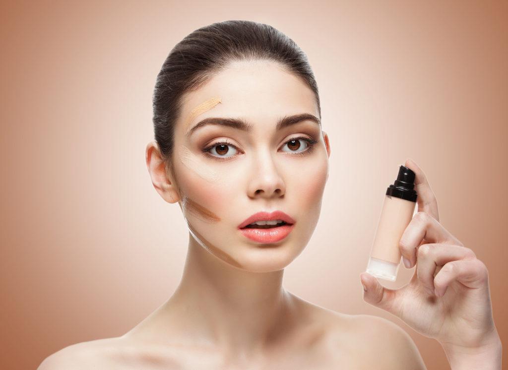 ТОП-10 идеальных тональных средств для проблемной, жирной, сухой и комбинированной кожи