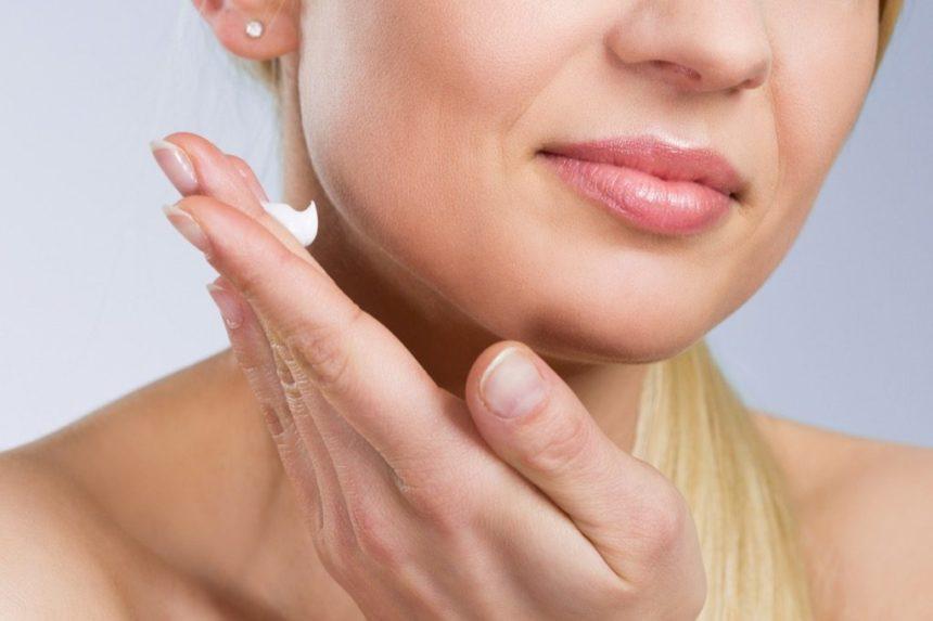 Лифтинг крем для лица вместо ботокса. Максимальный эффект лифтинга дневного и ночного ухода. Рейтинг ТОП